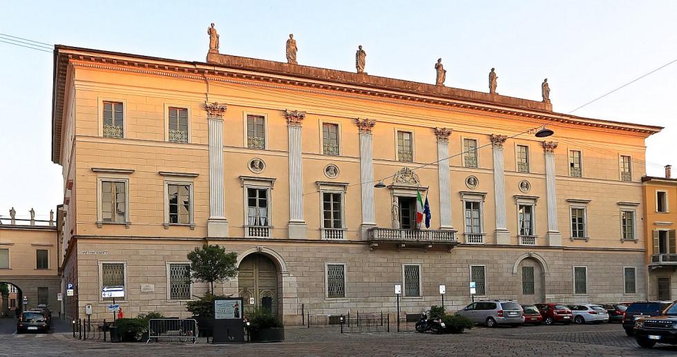 Palazzo Ala Ponzone