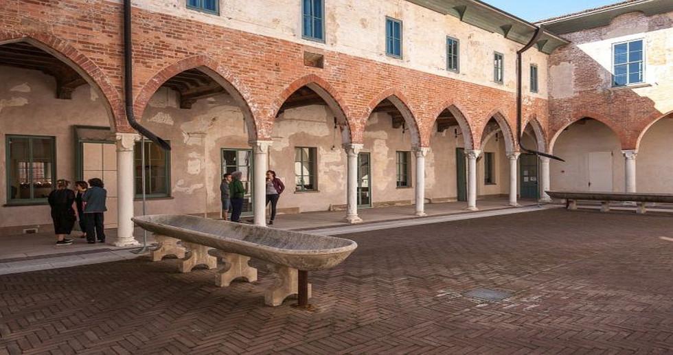 Palazzo Roncadelli Pallavicino Ariguzzi