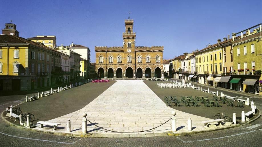 Piazza Garibaldi a Casalmaggiore