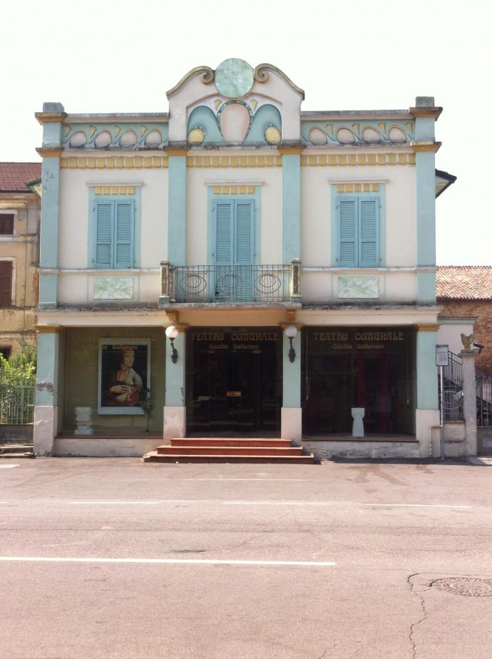 Il Teatro comunale Cecilia Gallerani