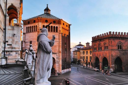 Churches Cremona, discovering Lombardy