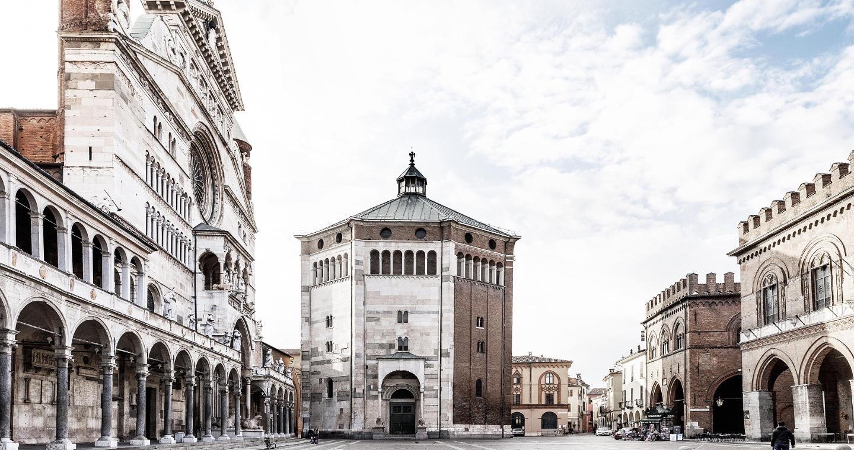 Battistero in Piazza del Comune a Cremona.
