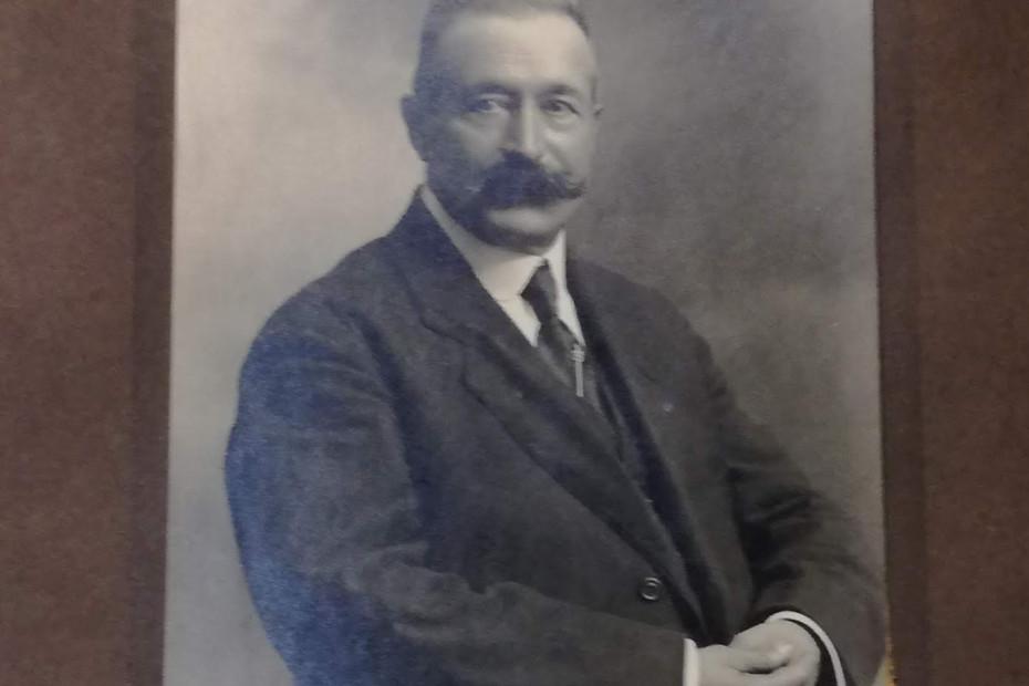 Secondo Vergani, il fondatore